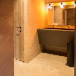 Eyndevelde vergaderen met stijl in de Vlaamse Ardennen sanitair blok